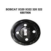 Направляющее колесо (ленивец) Bobcat X320 X322 320 322
